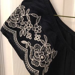 one clothing Dresses - Navy embroidered sundress