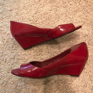 Leslie Fay Shoes - Perfect red low wedge peep toe shoes 7.5 W