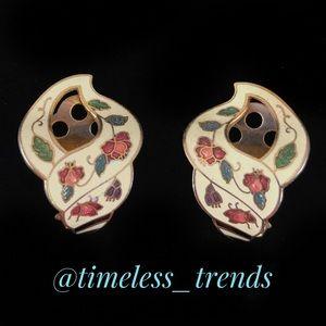 Vintage Jewelry - Vintage floral clip on earrings