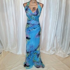 Jump Dresses & Skirts - NWOT Beautiful and Bright prom gown by JUMP