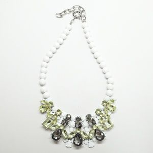 T&J Designs Jewelry - NWT T&J Designs Luxe Crystal necklace