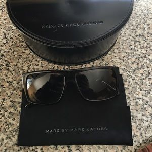 Marc by Marc Jacobs Accessories - Marc jacobs sunglasses