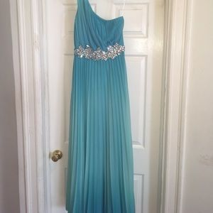 Dresses & Skirts - Blue Ombré w Rhinestone detail Prom Dress