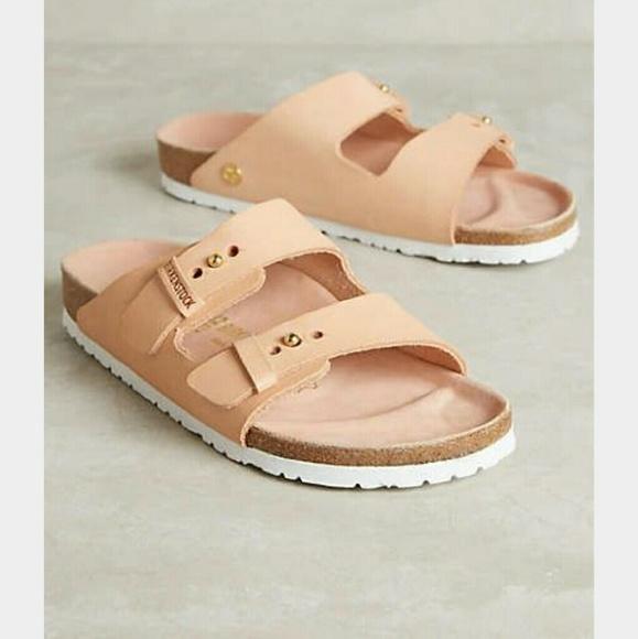 4086a457a174 Birkenstock Shoes - Birkenstock Arizona Sandals- powder leather size 8