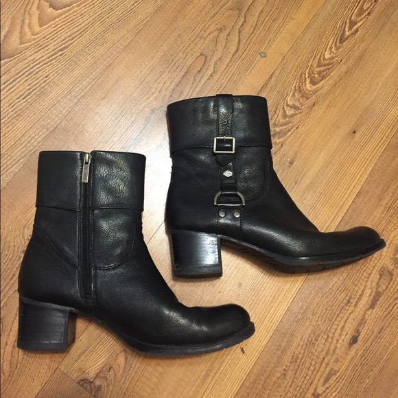 87 off harley davidson shoes thursday flash sale hd leather ankle boots from ilka 39 s. Black Bedroom Furniture Sets. Home Design Ideas