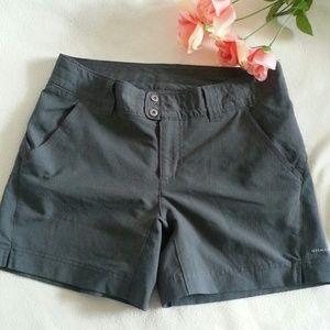 Columbia Pants - SALE Columbia Titanium Gray Shorts Size 4