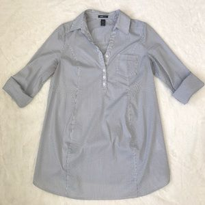 H&M Tops - H&M maternity Pinstripe collared work shirt