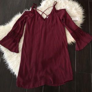 ASTR Dresses & Skirts - Womens cold shoulder maroon dress. Cold shoulder