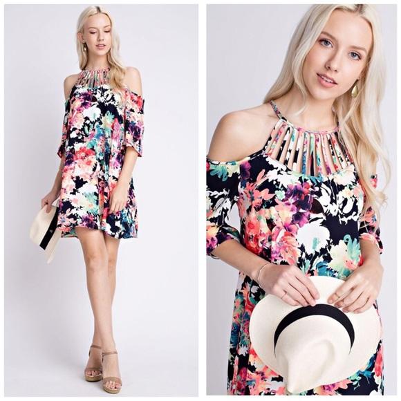 Dresses & Skirts - 💃🏼Odessa Off Shoulder Dress👗