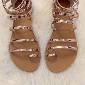 ShopBossyJocey Shoes - 🆕 Melrose Metallic Rose Gold Toe Ring Sandals