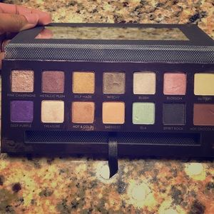 Anastasia Beverly Hills Other - ABH Self Made Eyeshadow palette