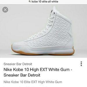 18c1a16c8fbb Men s Boys Nike Sneakers on Poshmark