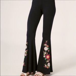 Pants - ON TREND COCHELLA STYLE BOHO FLORAL FLARES🔥❤️