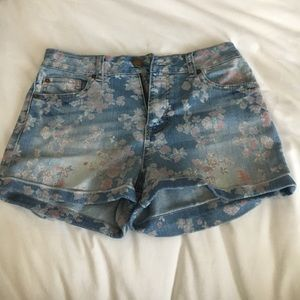 Tinseltown Pants - High Waisted Denim Floral Shorts