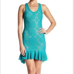 Dress the Population Dresses & Skirts - Dress the Population Sleeveless Lace Dress