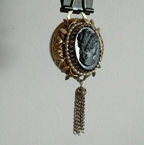 pendant watch Cameo vintage
