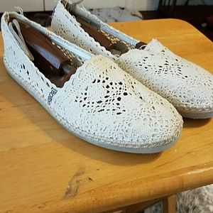 Bobs Shoes - Bob's ladies casual slip on's in size 9