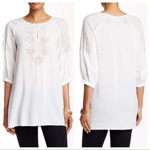 Monoreno Tops - Monoreno White Embroidered Tunic