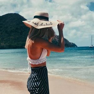 "Boutique Accessories - ""Do Not Disturb"" Embroidered Floppy Beach Hat"