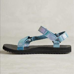 Teva Shoes - ❗️last pair❗️ iridescent universal original teva