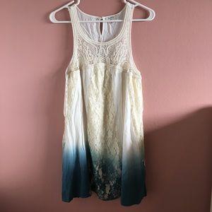 Blu Pepper Dresses & Skirts - BLU PEPPER lacey/crochet flowy dress