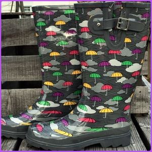 Western Chief Shoes - Gray Umbrella Print Rainboots! NEW!