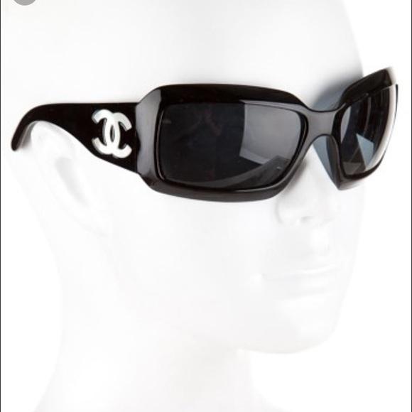 c2e2c04bece CHANEL Accessories - ✨Chanel Mother of Pearl Sunglasses 5076H - Black