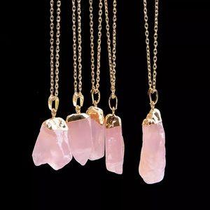 Jewelry - Pale Pink Druzy Pendant