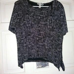 Tops - Black & White Blouse