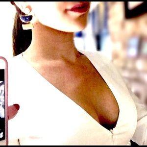 A.L.C. Dresses & Skirts - 💗NEW-NWT A.L.C. White long sleeve deep V dress