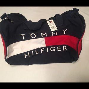 Tommy Hilfiger Other - Vintage Tommy Hilfiger duffle Bag! NWT