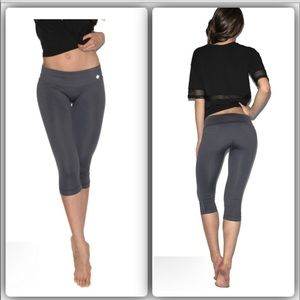 nux Pants - 🆕🌸Nux charcoal workout capris