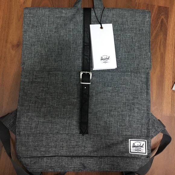 f7c12f9dd1 NWT Ladies City Bag- Raven Crosshatch