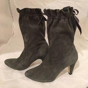 ASHLEY JUDD Shoes - ASHLEY JUDD OLIVE GREEN DRAWSTRING BOOTS