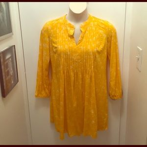 Old Navy Tops - Old Navy Dandelion Tunic