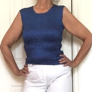 Sleeveless Crinkle Poly Knit Crop Top