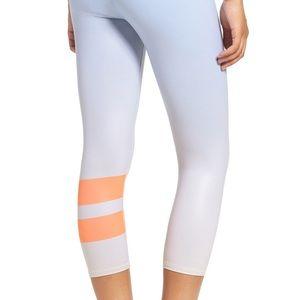ALO Yoga Pants - YOGA AIRBRUSH LEGGING - GRADIENT SKY