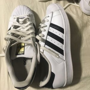Adidas Shoes - 🔥Adidas superstar sneakers🔥