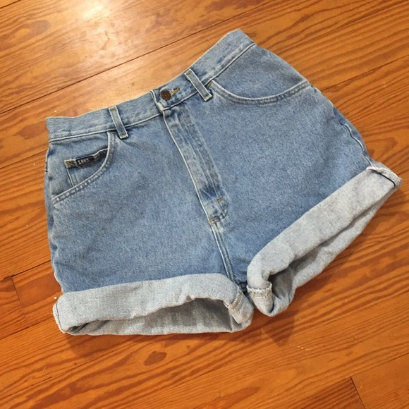 f142ae6d6d Brandy Melville Shorts   Vintage High Waist Mom Jeans Light Wash ...