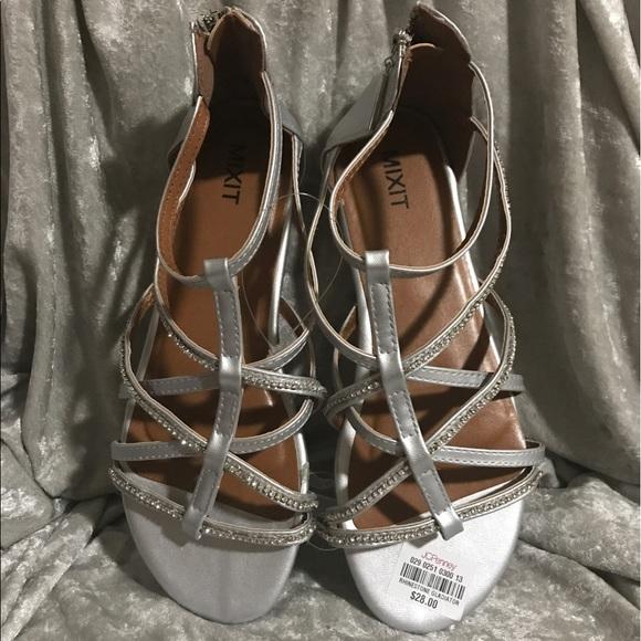 a5fb829cfa722 Mixit silver sandals size 9