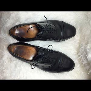 Allen Edmonds Other - Men's Allen Edmonds Byron Black Leather Oxfords