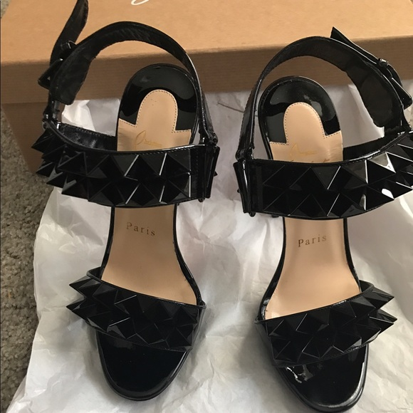 new style 3cd6d 78a87 Christian Louboutin Scandal Heels NWT