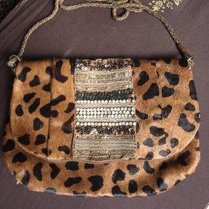 Antik Batik Handbags - 🌞Stunning Antik Batik Crossbody!!