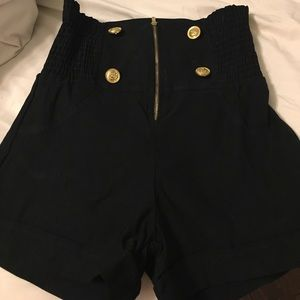Love Culture Pants - Love culture black shorts