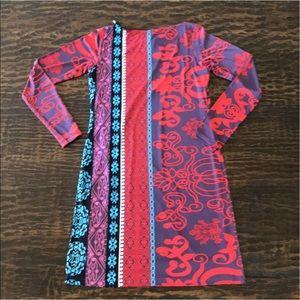 Analili Dresses & Skirts - Analili Bold Print Long Sleeve Stretch Dress