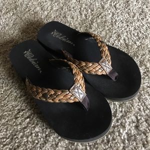 Cobian Shoes - Cobian Braided Bounce Flip Flops Sz 7 1/2 New