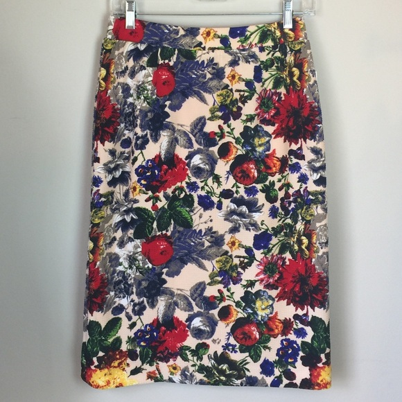 ModCloth Dresses & Skirts - Pixley ModCloth Floral pencil skirt NWT