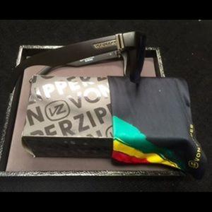 Von Zipper Other - New VonZipper PLUS Watch bundle