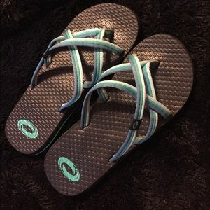 Chaco Shoes - Flip flops
