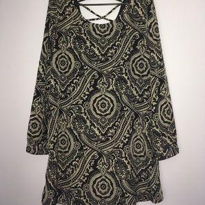 Blu Pepper Tops - Blu Pepper size L shift style tunic/dress, EUC